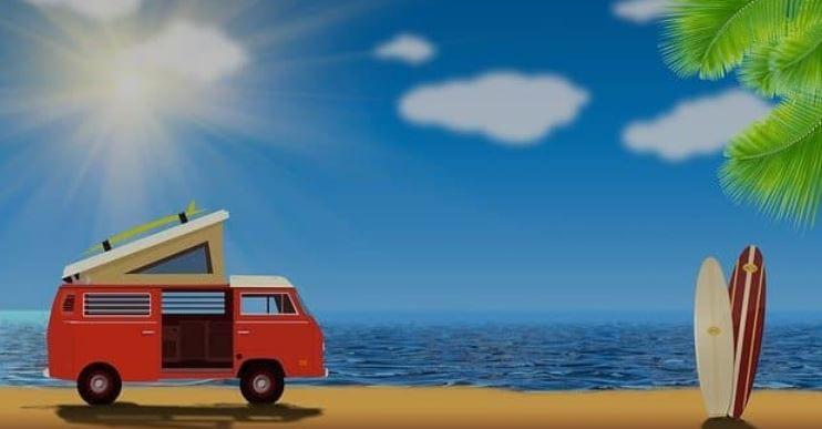 Dibujo de una furgoneta camperizada en la playa