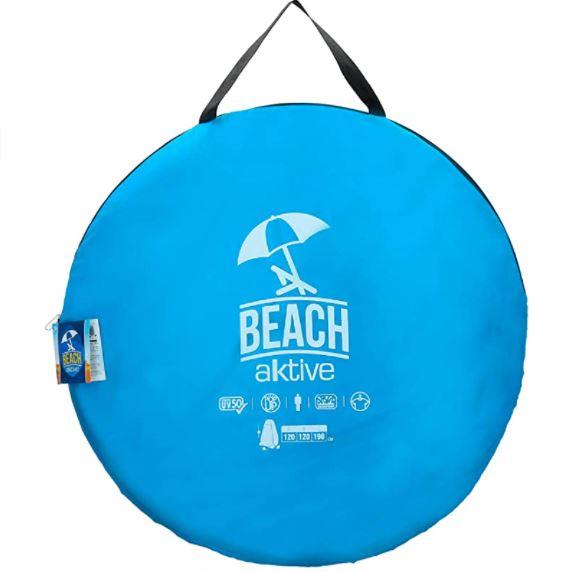 Tienda ducha camping portátil plegada en su bolsa de transporte azul.